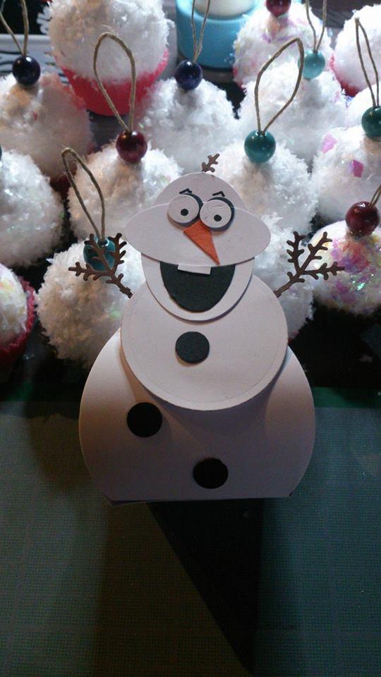 "Boîte cadeau ""Olaf"""